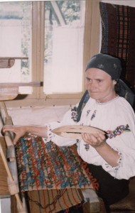 Viorica Trifan at her loom, 1977